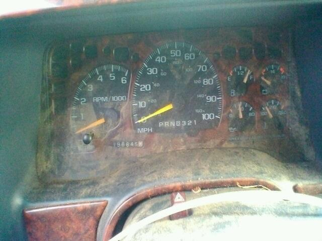 3GKFK16R6WG508269 - 1998 GMC SUBURBAN K BLACK photo 8