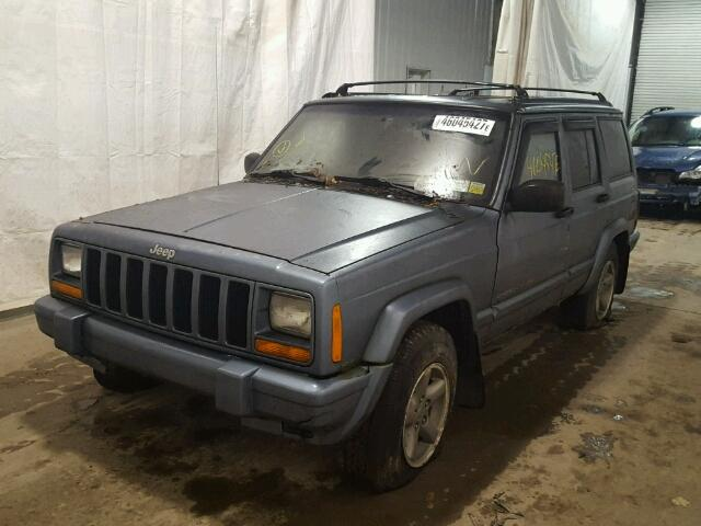 1J4FJ68S1WL132847 - 1998 JEEP CHEROKEE S GRAY photo 2