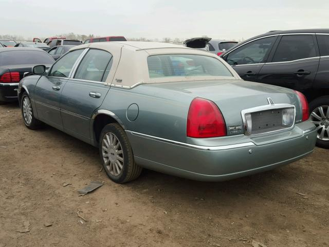 1LNHM82W45Y611550 - 2005 LINCOLN TOWN CAR S GREEN photo 3