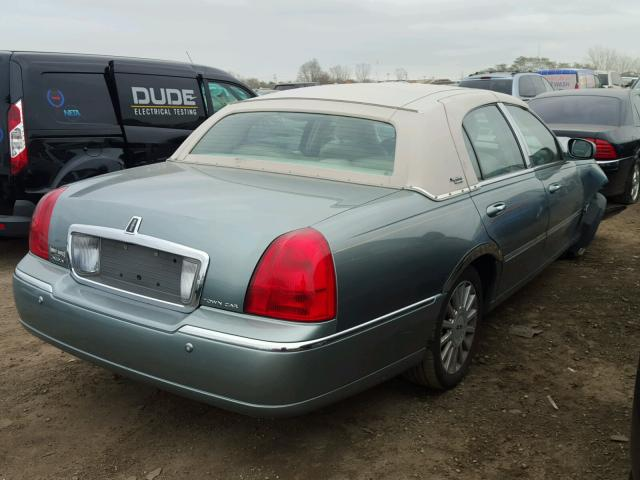1LNHM82W45Y611550 - 2005 LINCOLN TOWN CAR S GREEN photo 4