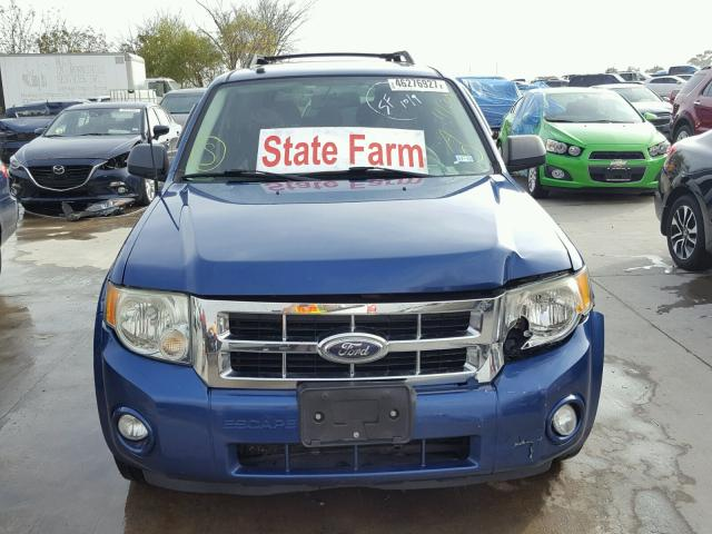 1FMCU031X8KE83319 - 2008 FORD ESCAPE BLUE photo 9