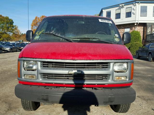 1GCGG25R721104687 - 2002 CHEVROLET EXPRESS G2 RED photo 9