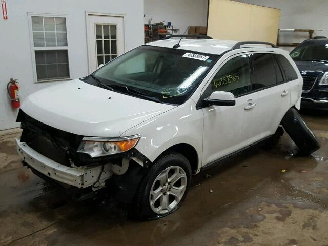 2FMDK3JC1DBC06157 - 2013 FORD EDGE SEL WHITE photo 2