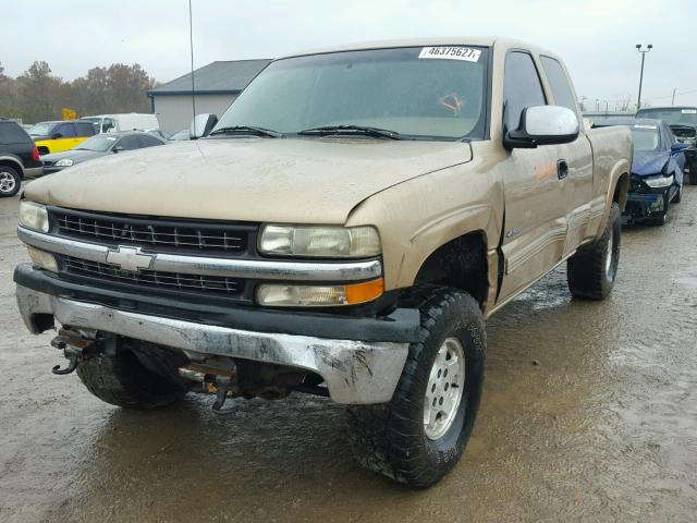 2GCEK19T9Y1151731 - 2000 CHEVROLET SILVERADO GOLD photo 2