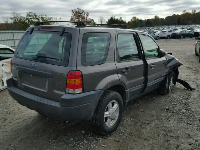 1FMYU02142KC38370 - 2002 FORD ESCAPE XLS GRAY photo 4