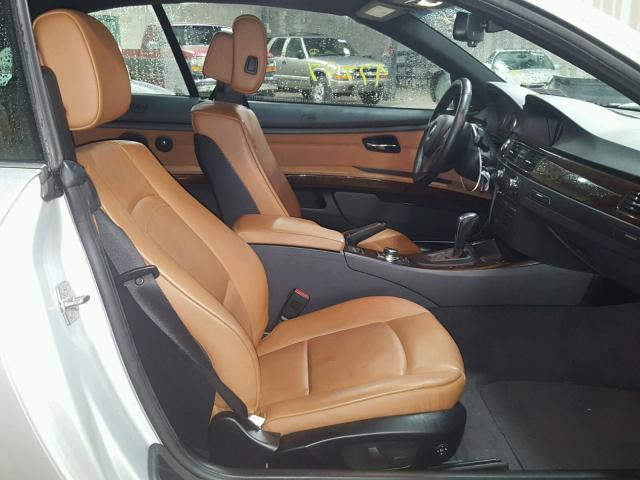 WBADX7C50CE745784 - 2012 BMW 335 I SILVER photo 5