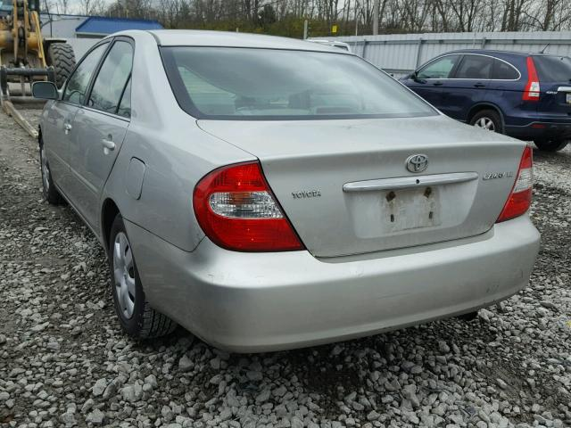 4T1BE32K03U256433 - 2003 TOYOTA CAMRY LE SILVER photo 3