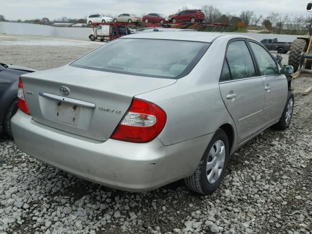 4T1BE32K03U256433 - 2003 TOYOTA CAMRY LE SILVER photo 4