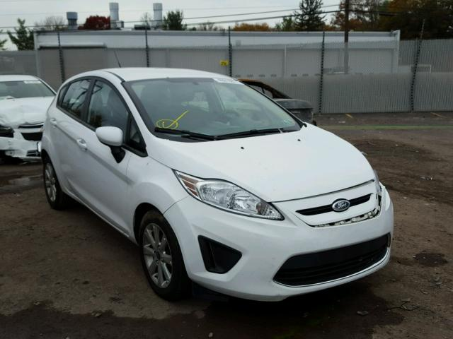 3FADP4EJ8BM239761 - 2011 FORD FIESTA SE WHITE photo 1