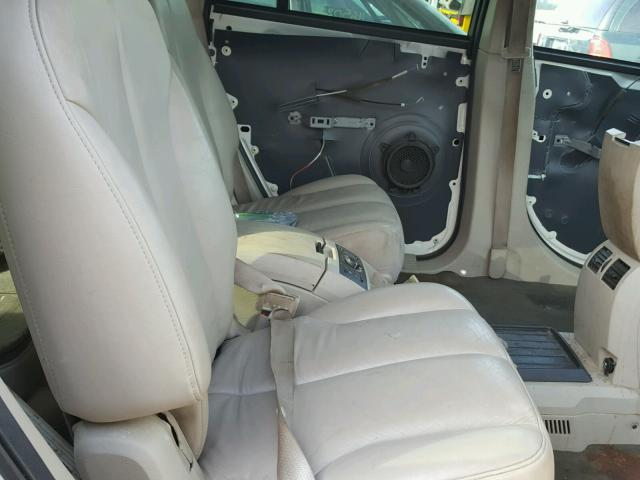 2C8GF68434R644593 - 2004 CHRYSLER PACIFICA WHITE photo 6