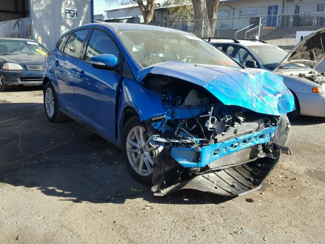 1FADP3K27HL235749 - 2017 FORD FOCUS SE BLUE photo 1