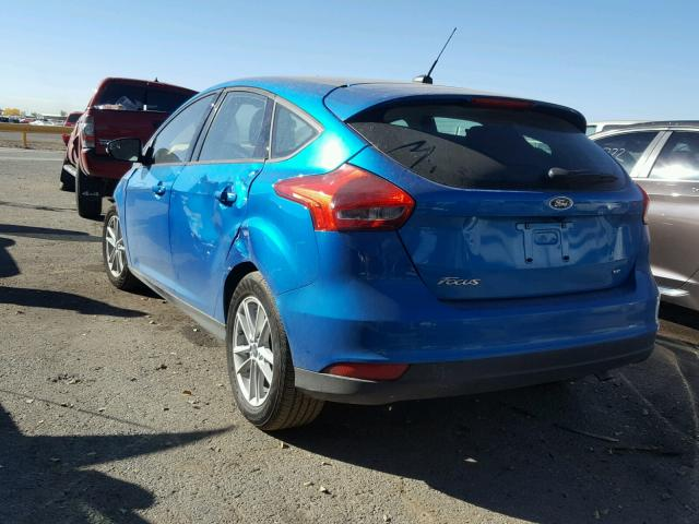 1FADP3K27HL235749 - 2017 FORD FOCUS SE BLUE photo 3