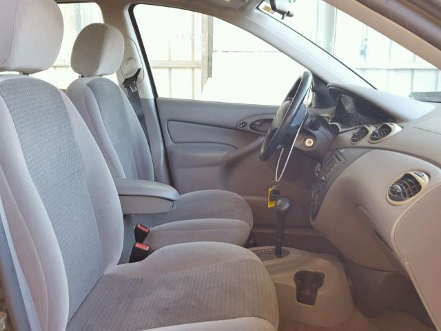 1FAFP34373W311492 - 2003 FORD FOCUS SE C GRAY photo 5