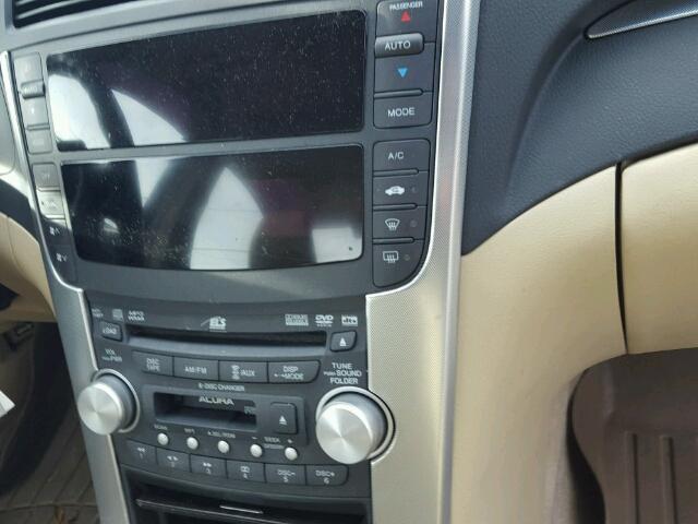 19UUA66218A041206 - 2008 ACURA TL WHITE photo 9