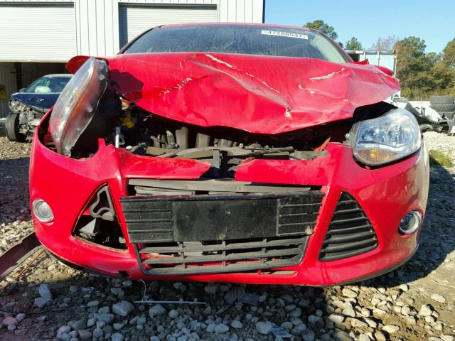 1FAHP3H26CL430923 - 2012 FORD FOCUS SEL RED photo 9