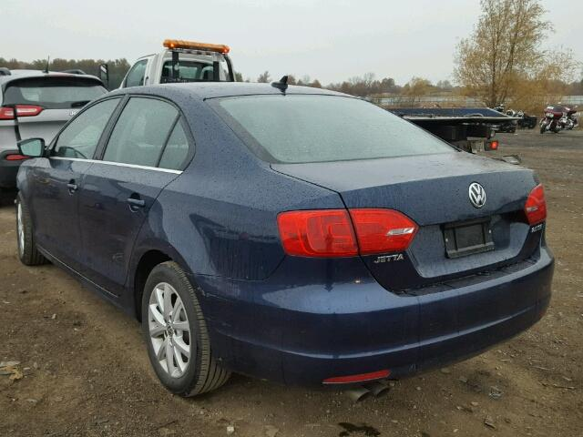 3VWDP7AJ1DM445103 - 2013 VOLKSWAGEN JETTA SE BLUE photo 3