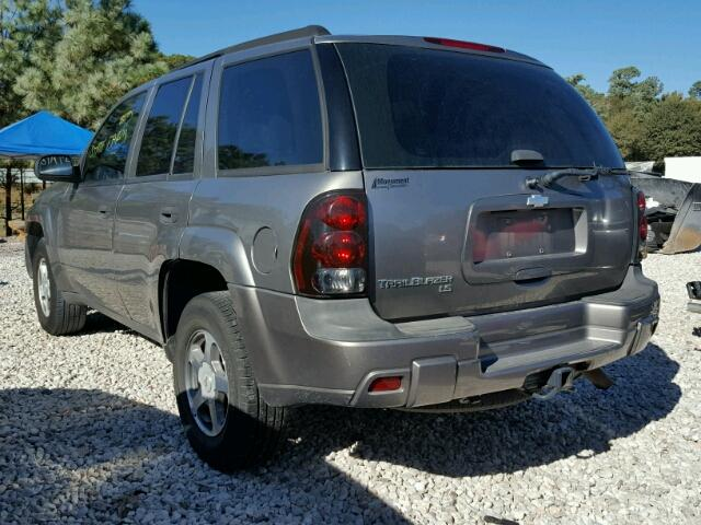 1GNDS13SX52370342 - 2005 CHEVROLET TRAILBLAZE GRAY photo 3