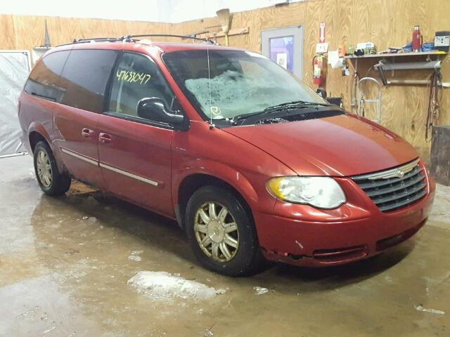 2A4GP54L77R193379 - 2007 CHRYSLER TOWN & COU RED photo 1