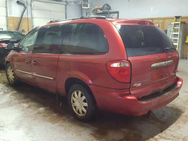 2A4GP54L77R193379 - 2007 CHRYSLER TOWN & COU RED photo 3