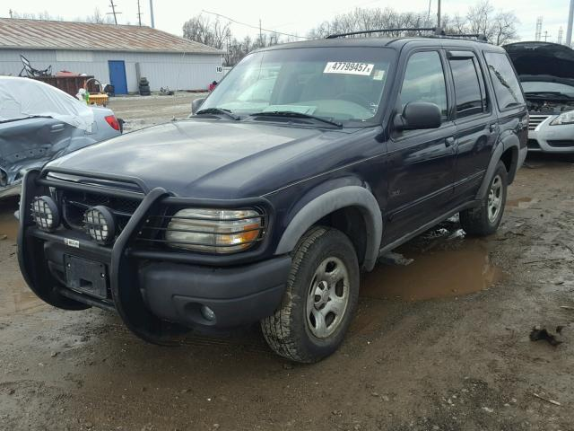 1FMZU72XXYZC27438 - 2000 FORD EXPLORER X BLUE photo 2