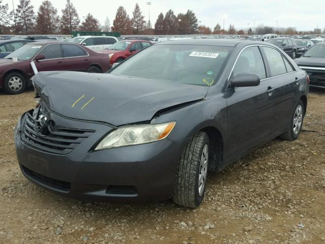4T1BK46K17U015057 - 2007 TOYOTA CAMRY NEW GRAY photo 2