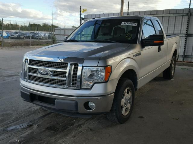 1FTEX1CM8BFB66031 - 2011 FORD F150 SUPER SILVER photo 2