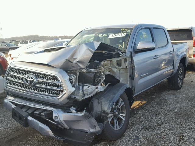 3TMCZ5AN7HM100499 - 2017 TOYOTA TACOMA DOU SILVER photo 2