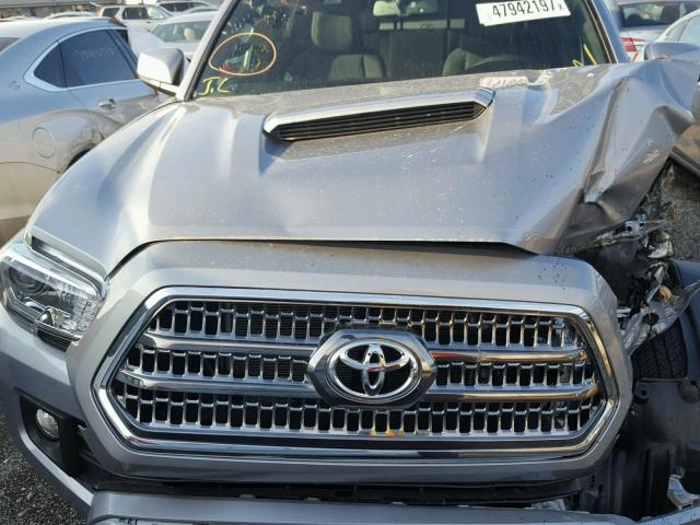 3TMCZ5AN7HM100499 - 2017 TOYOTA TACOMA DOU SILVER photo 7