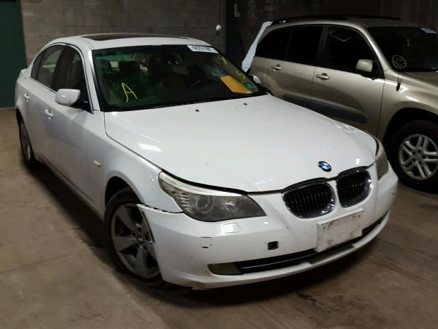 WBANV13548CZ56223 - 2008 BMW 528 XI WHITE photo 1