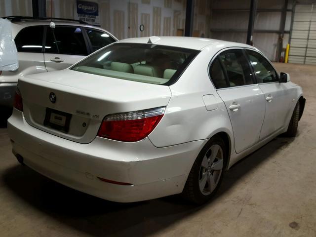 WBANV13548CZ56223 - 2008 BMW 528 XI WHITE photo 4