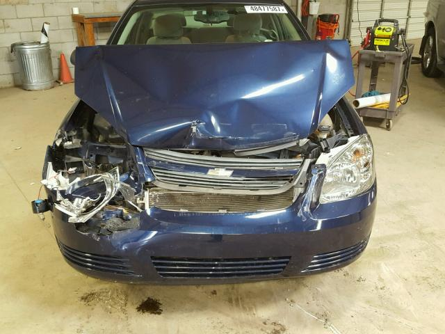 1G1AS18H297188788 - 2009 CHEVROLET COBALT LS BLUE photo 7
