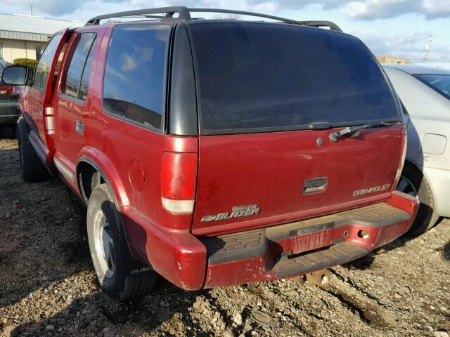1GNDT13W5Y2388851 - 2000 CHEVROLET BLAZER RED photo 3