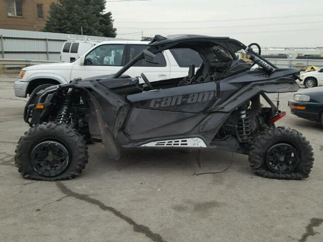3JBVXAW27HK000164 - 2017 CAN-AM MAVERICK X BLACK photo 10
