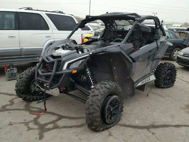3JBVXAW27HK000164 - 2017 CAN-AM MAVERICK X BLACK photo 2