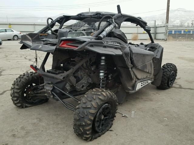 3JBVXAW27HK000164 - 2017 CAN-AM MAVERICK X BLACK photo 4