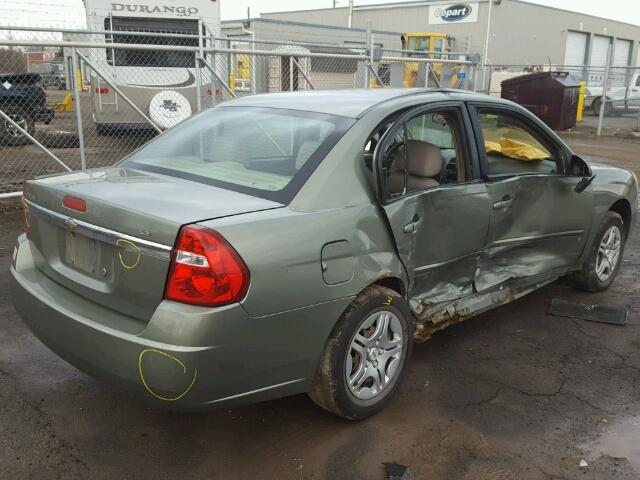 1G1ZS51F16F224653 - 2006 CHEVROLET MALIBU LS GREEN photo 4