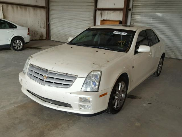 1G6DW677460163820 - 2006 CADILLAC STS WHITE photo 2
