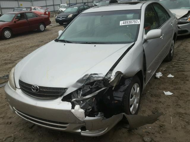 4T1BE32K64U273464 - 2004 TOYOTA CAMRY LE GRAY photo 2