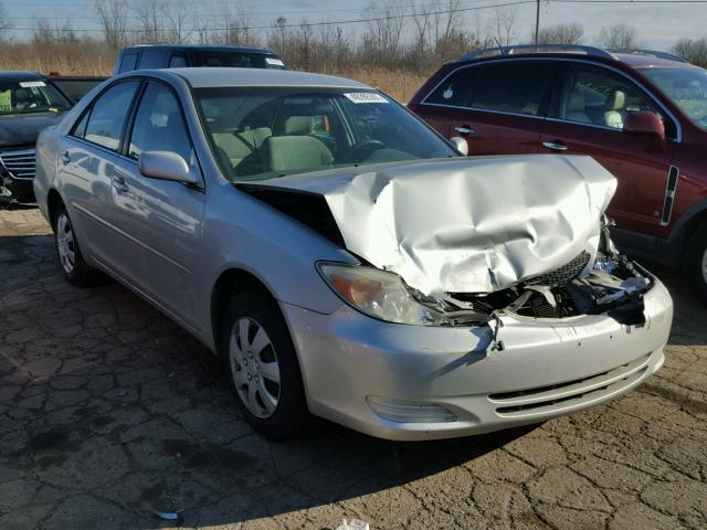 4T1BE32K03U141752 - 2003 TOYOTA CAMRY LE SILVER photo 1