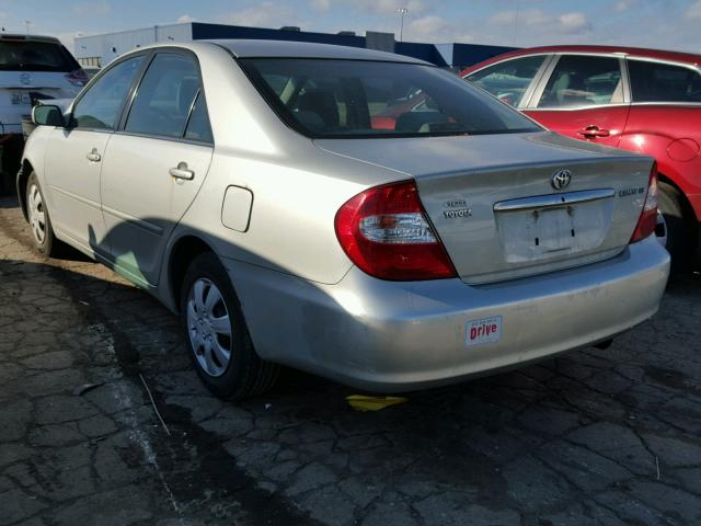 4T1BE32K03U141752 - 2003 TOYOTA CAMRY LE SILVER photo 3