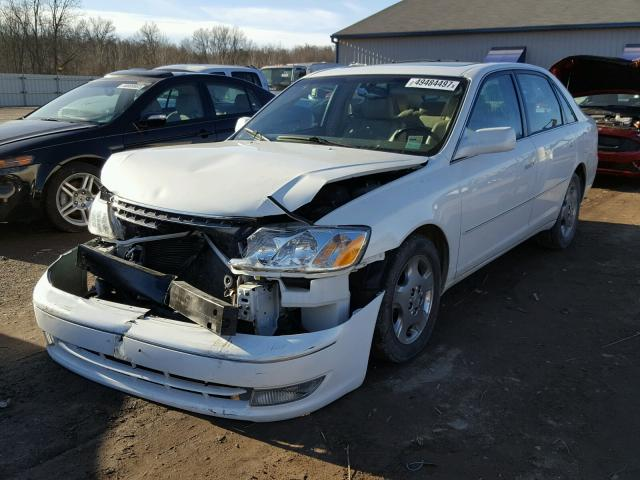 4T1BF28B83U295639 - 2003 TOYOTA AVALON XL WHITE photo 2