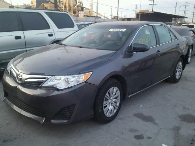 4T4BF1FK4ER371623 - 2014 TOYOTA CAMRY L GRAY photo 2