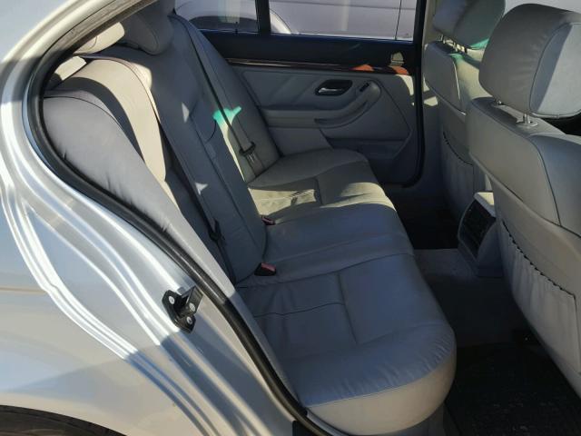 WBADT33443GF43601 - 2003 BMW 525 I SILVER photo 6