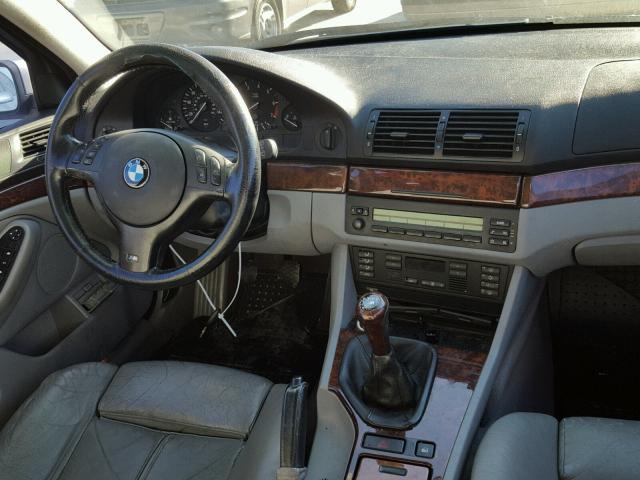 WBADT33443GF43601 - 2003 BMW 525 I SILVER photo 9