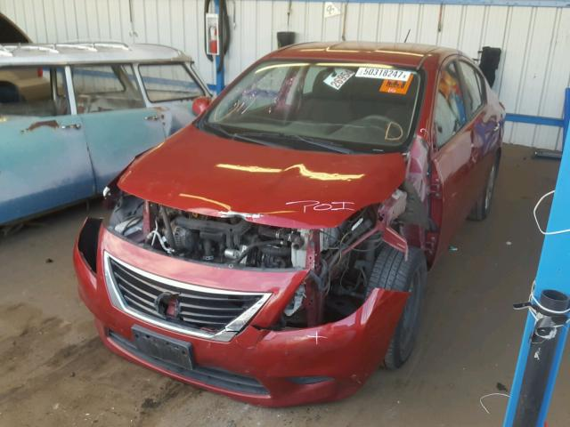 3N1CN7APXCL858783 - 2012 NISSAN VERSA S RED photo 2