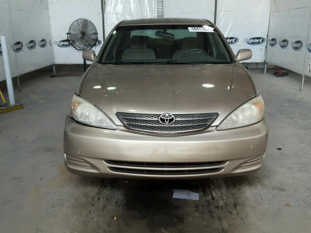 4T1BE32K43U675045 - 2003 TOYOTA CAMRY LE GOLD photo 9