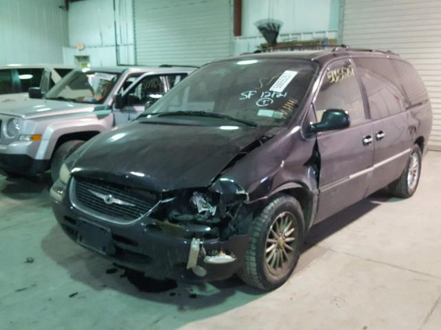 1C4GP64L5YB564681 - 2000 CHRYSLER TOWN & COU BLUE photo 2