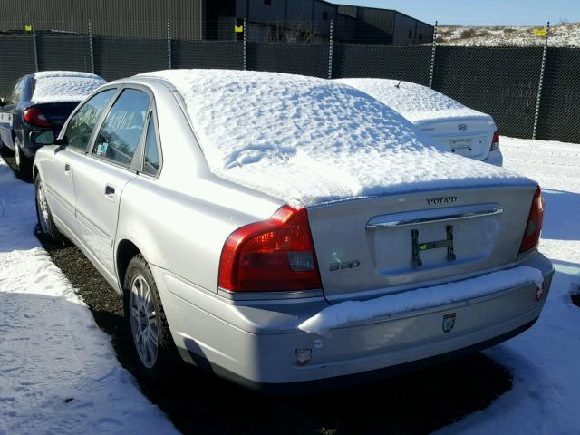 YV1TS592651406014 - 2005 VOLVO S80 2.5T SILVER photo 3