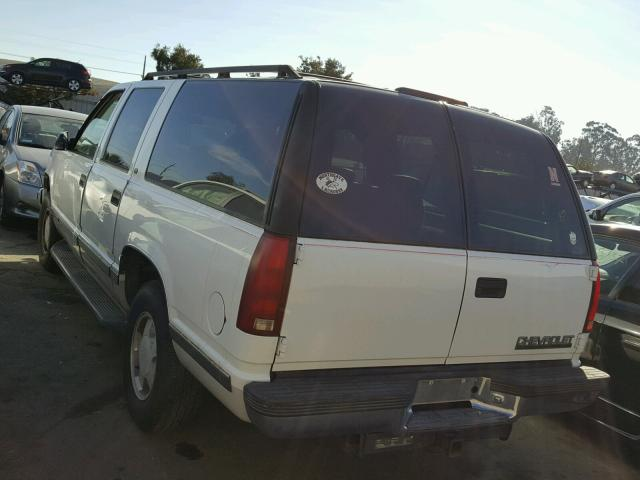 1GNFK16R1VJ311655 - 1997 CHEVROLET SUBURBAN K WHITE photo 3
