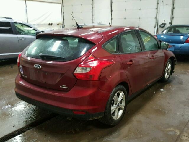 1FADP3K28EL275639 - 2014 FORD FOCUS SE RED photo 4